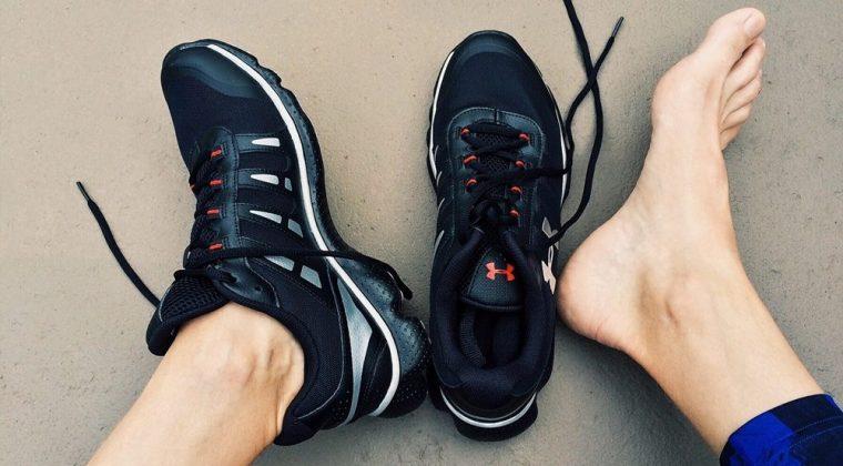 Consejos para cuidar tus manos y pies si haces deporte. Consulta tu centro de belleza en Madrid