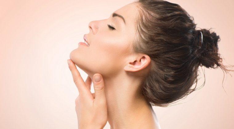 Consejos para tener siempre tu piel hidratada. Consulta tu centro de belleza en Madrid