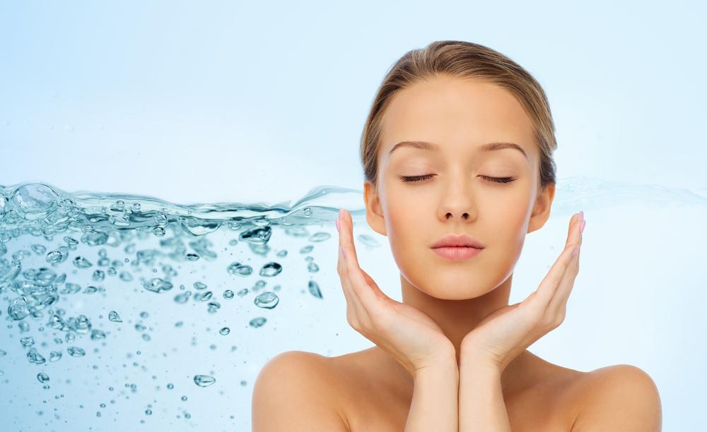 Algunos consejos sobre la importancia de la hidratación de la piel en verano