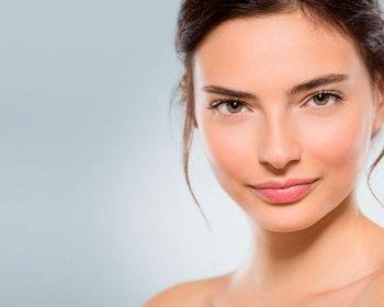 Rutina de belleza para piel grasa en tiempo de cuarentena, consulta en tu centro de belleza