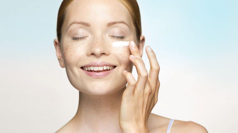 Rutina de belleza para piel seca en tiempo de cuarentena, consulta en tu centro de belleza